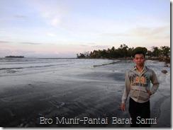 Mbro Munir di Pantai Barat Kota Sarmi